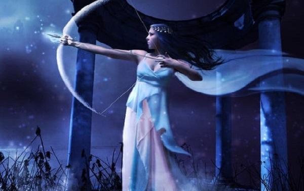cual es el origen de la diosa diana